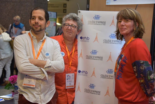 Philippe Aïm, Laurent Gross et Emmanuelle Decoster au Forum de la CFHTB Confédération Francophone d'Hypnose et de Thérapies Brèves à Montpellier