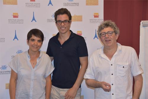 Théo Chaumeil avec Jeanne-Marie Jourdren et Laurent Gross hypnothérapeutes et kinésithérapeutes